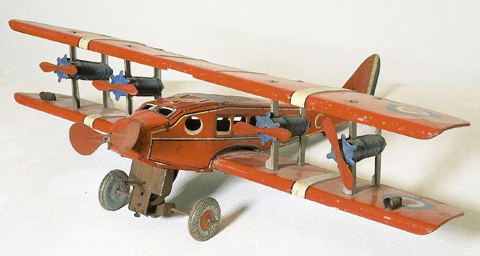 -> zum Spielzeugmuseum